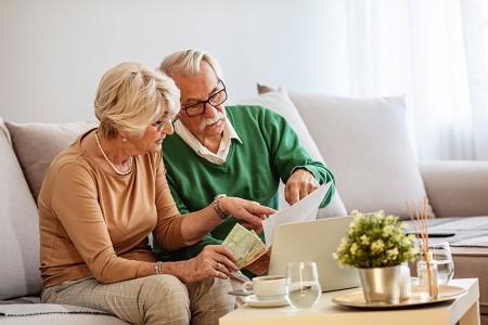 Best Ways to Decrease Debt During Retirement